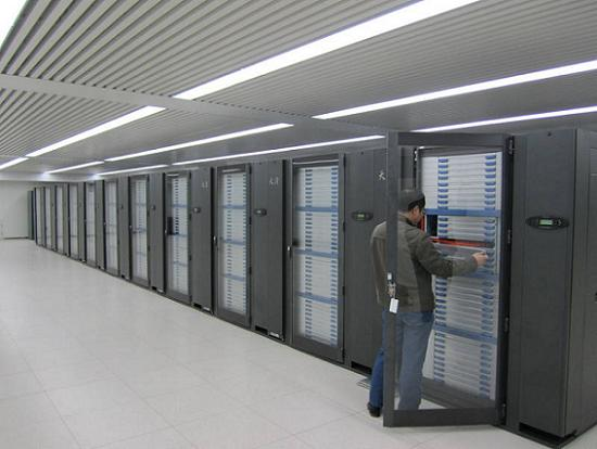 Китай готовит 100-петафлопсный компьютер